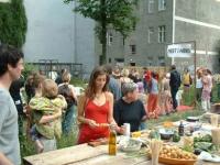 http://clubreal.de/files/gimgs/th-62_Graceland-Grilltisch.jpg