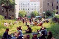 http://clubreal.de/files/gimgs/th-62_Graceland-Sitzen.jpg